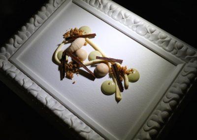 PINTURA EN TAPIZ DULCE|Chirimoya, chocolates, pistacho crema y Marcona - 1 (2)