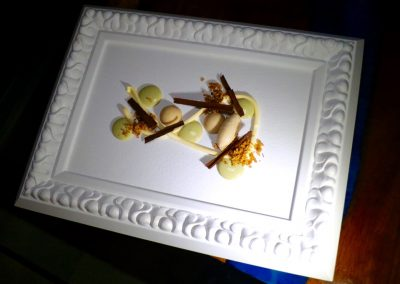 PINTURA EN TAPIZ DULCE|Chirimoya, chocolates, pistacho crema y Marcona - 1 (3)