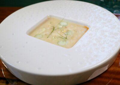 BLANCO ROTO |Meloso. Blanco de bacalao, verduras encurtidas y erizos