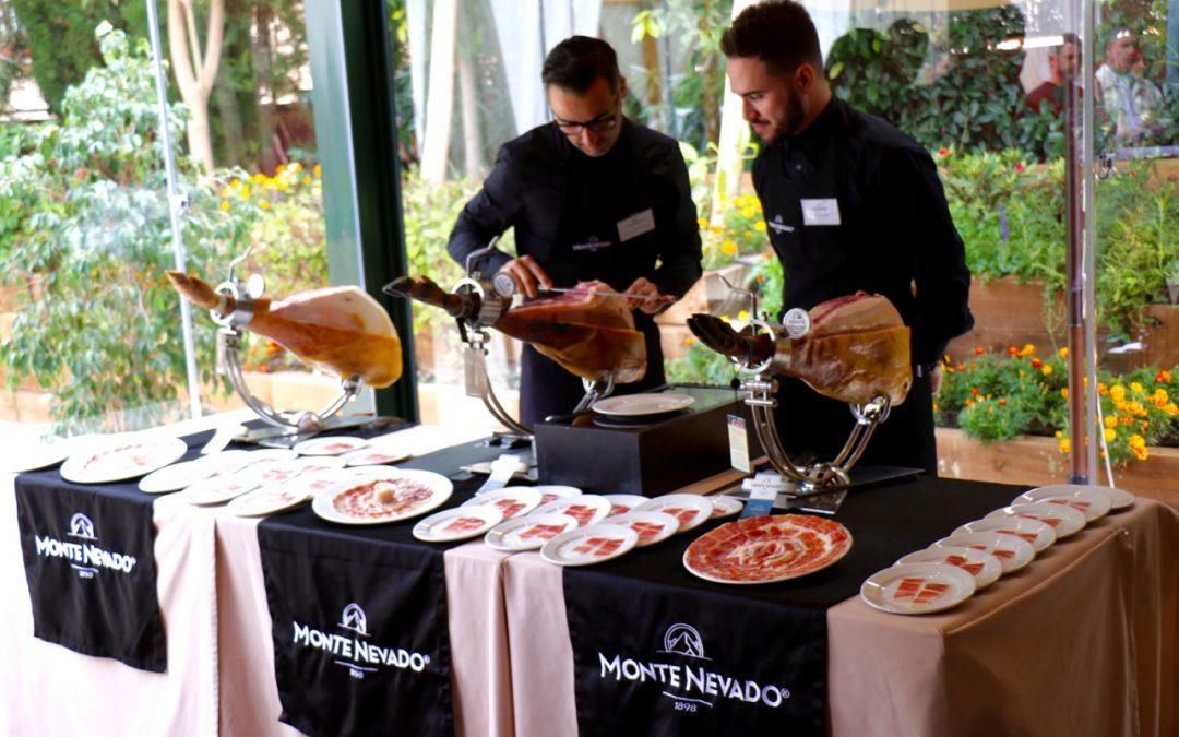 El Chef José Antonio Sánchez descubre en Villa Antonia la cocina del Ibérico en los IV Encuentros con la Gastronomía de Monte Nevado